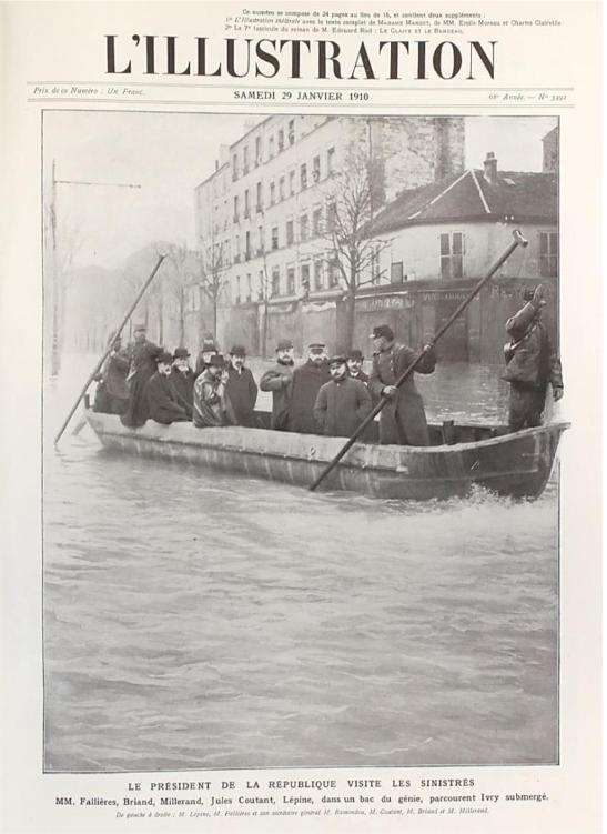 La crue de la Seine en 1910. Photo publiée dans le journal L'Illustration, le 29 janvier 1910. © Archives de Paris